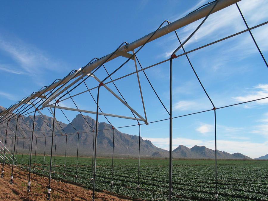 goosenecks-pivot-irrigation.jpg