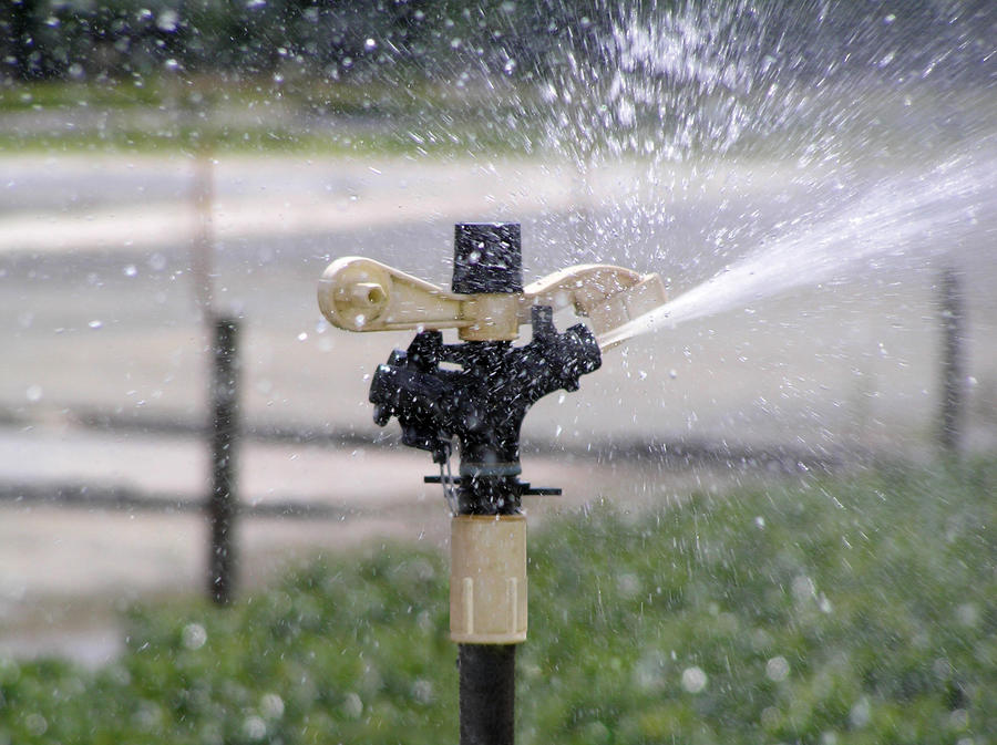 part-circle-impact-sprinkler.jpg