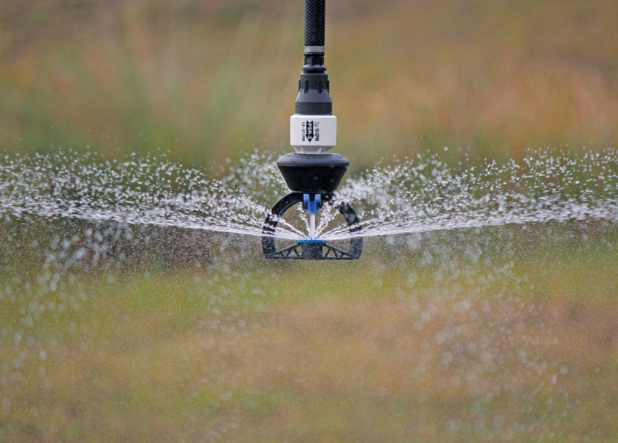 super-spray-sprinkler-water-application.jpg